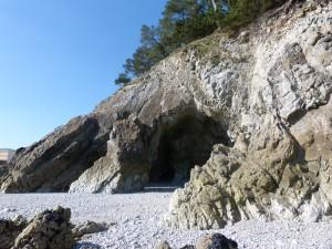 77.2 04 Première grotte