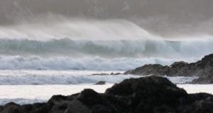 79.3 77 Les vagues