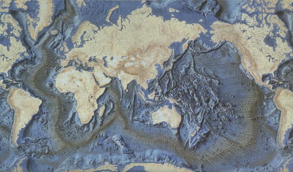 Cartes des dorsales océaniques