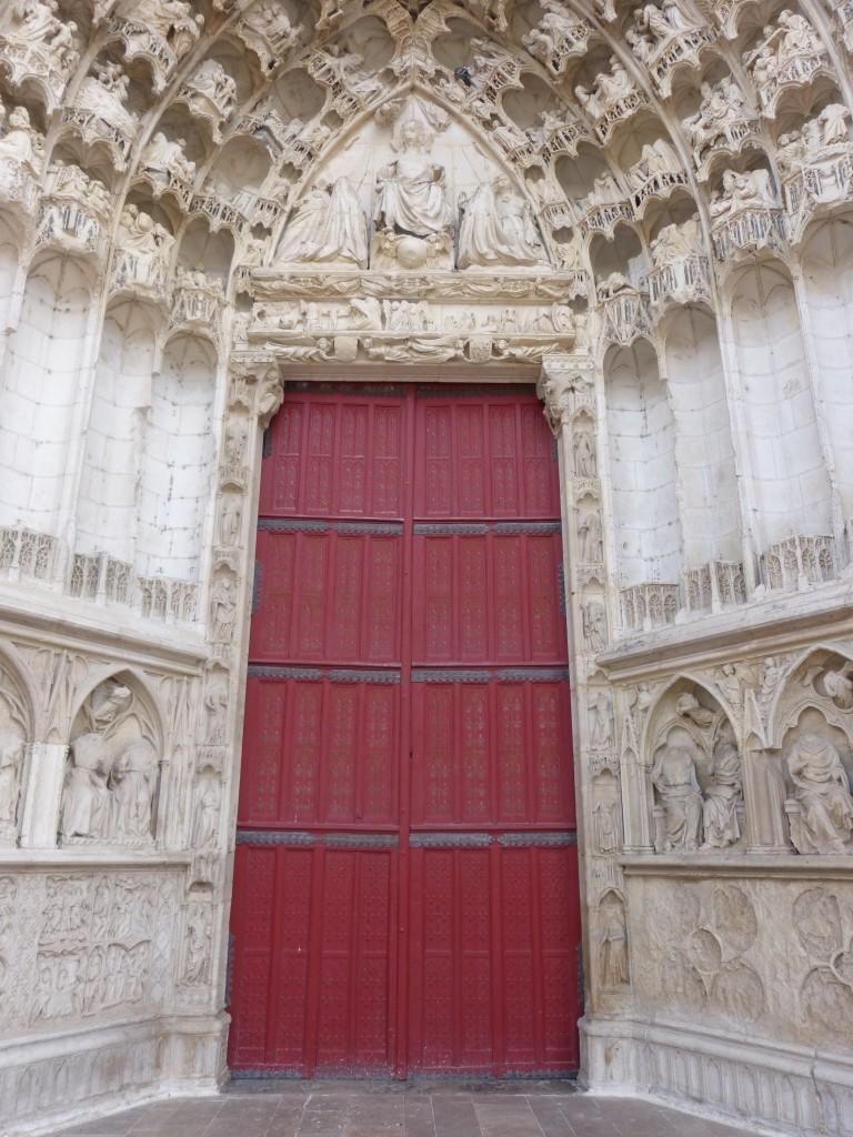 HS3 135 Le portail central