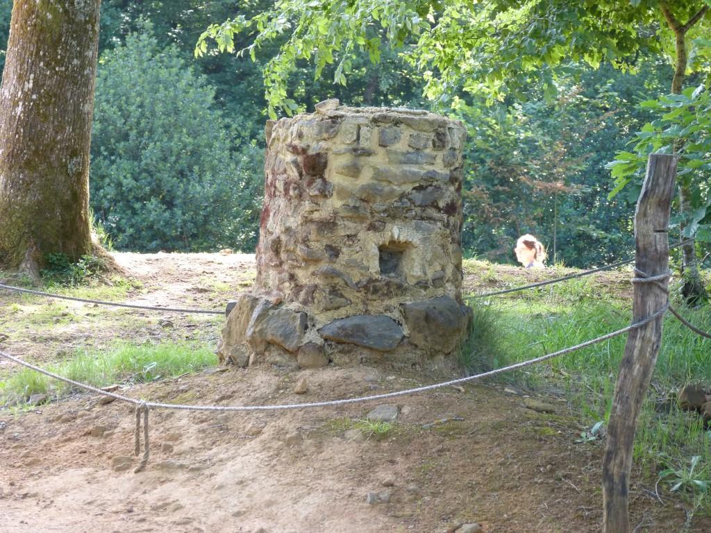 HS2 005 Le donjon en pierre