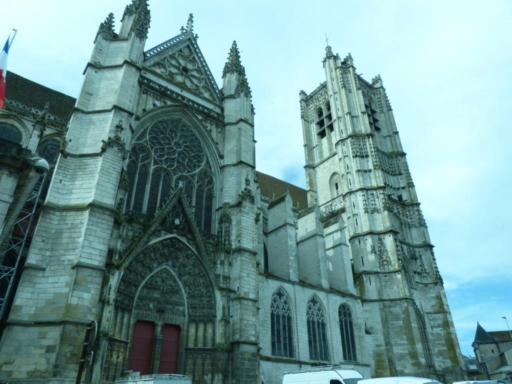 HS3 105 La cathédrale Face nord
