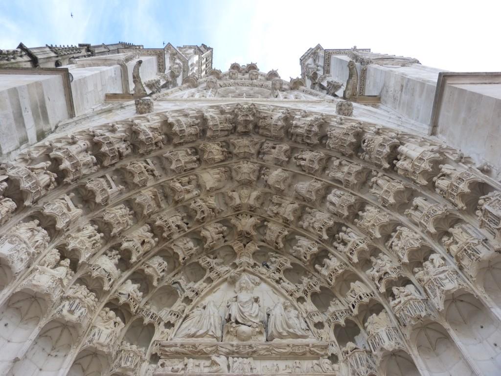 HS3 137 Le portail central